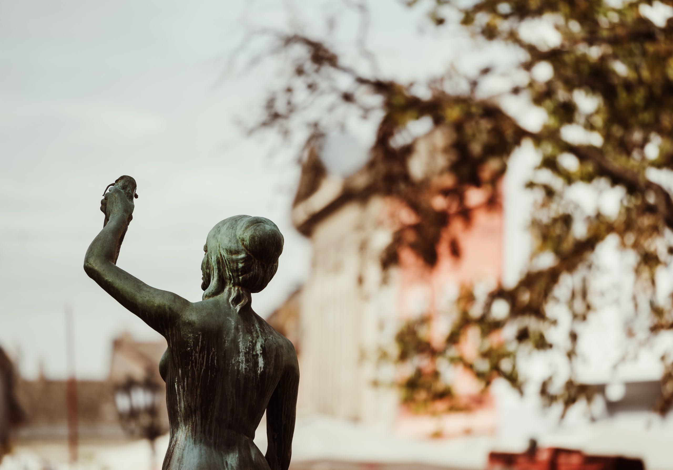 Statua Dunavski park Novi Sad
