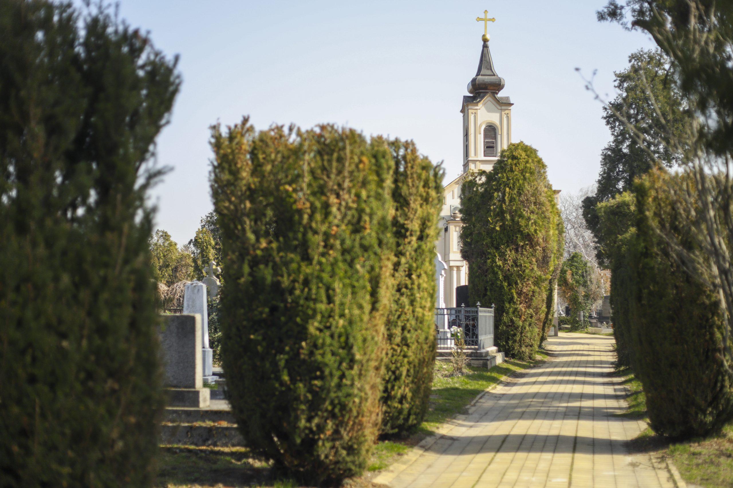 Almaško groblje Novi Sad