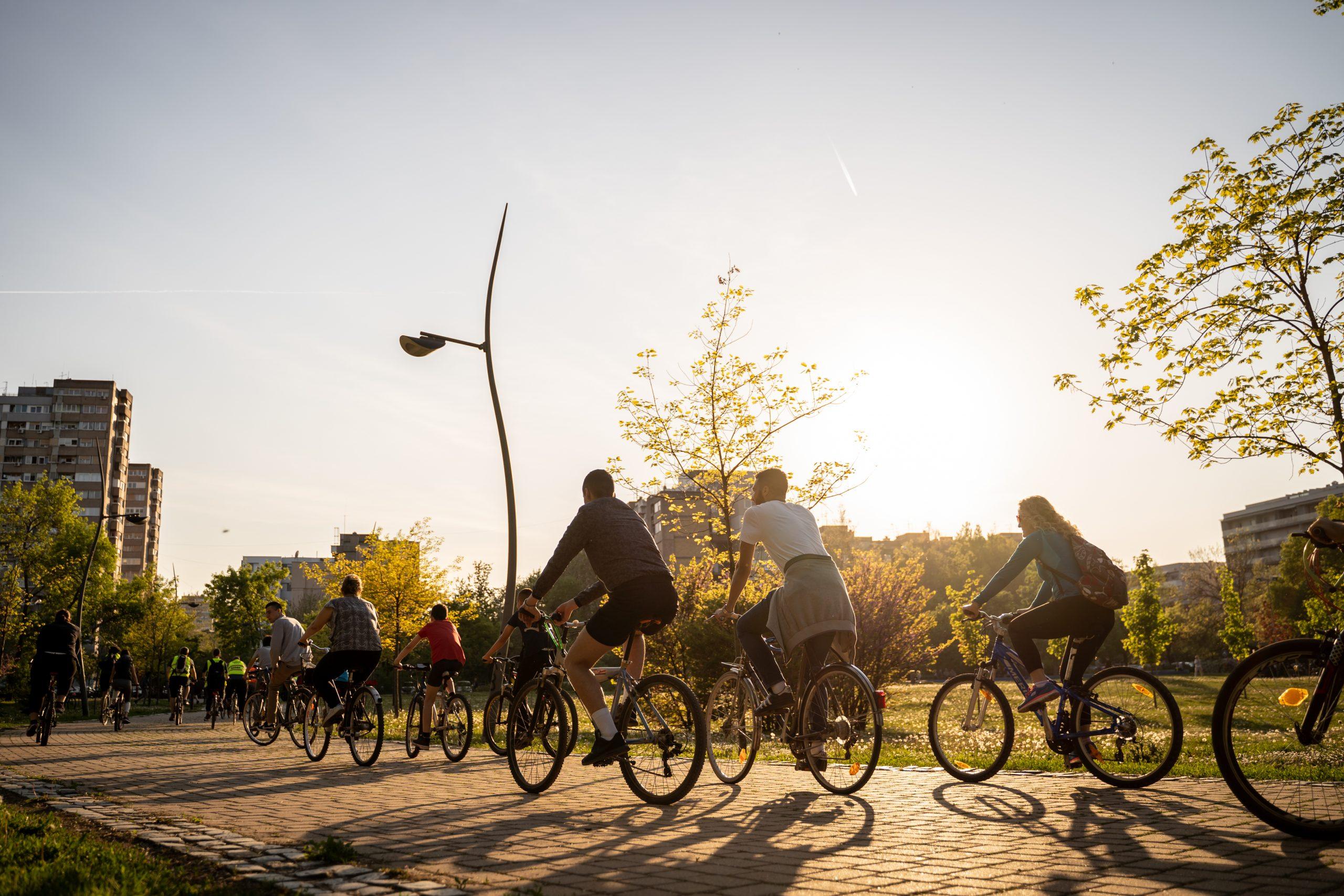 Biciklisti u Limanskom parku